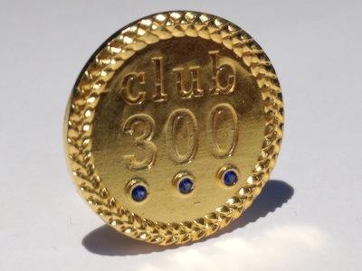 Odznak-club-300-81zlaty