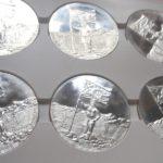 Výroba mince + medaile k založení Království Severního Súdánu