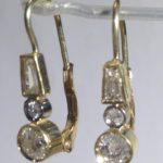 Diamantové naušnice vykřičníky