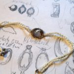 Bila-holubice-naramek-80